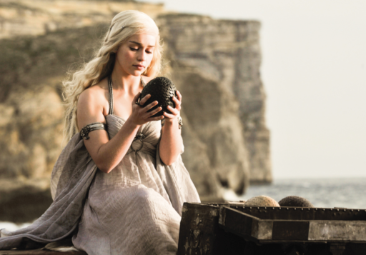 Daenerys-Targaryen-house-targaryen-24524767-907-634